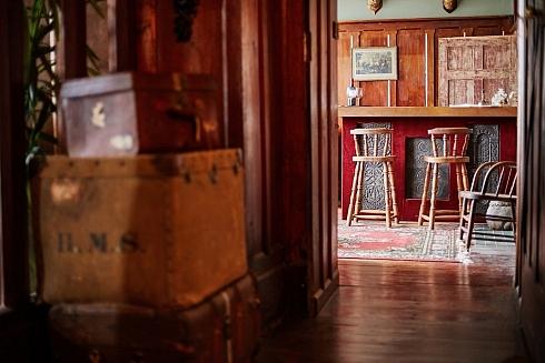 The-Castle-063-Bar